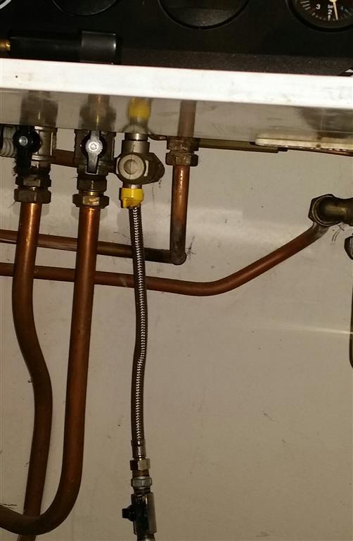 Saluti problema carico acqua - Valvola chiusura acqua bagno ...