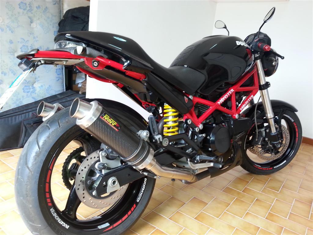 Ducati Monster 695 Ducati Palermo Club